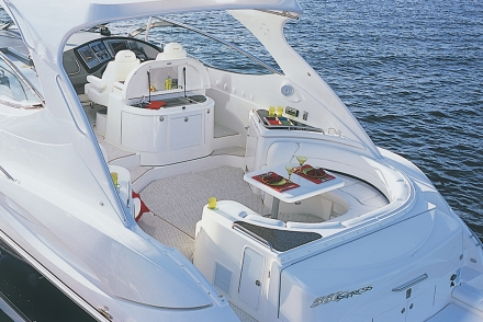 560 Express. Categories: Cruisers Yachts12 Jan 2012